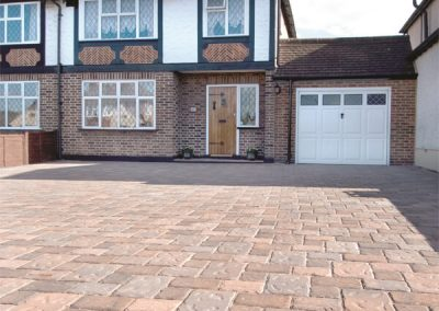 Regatta Burnt Oak block paving Swindon